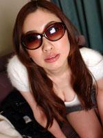 人妻 平石晴奈 32歳のイメージ